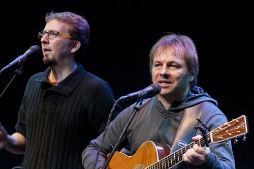 Simon and Garfunkel Tribute band 1